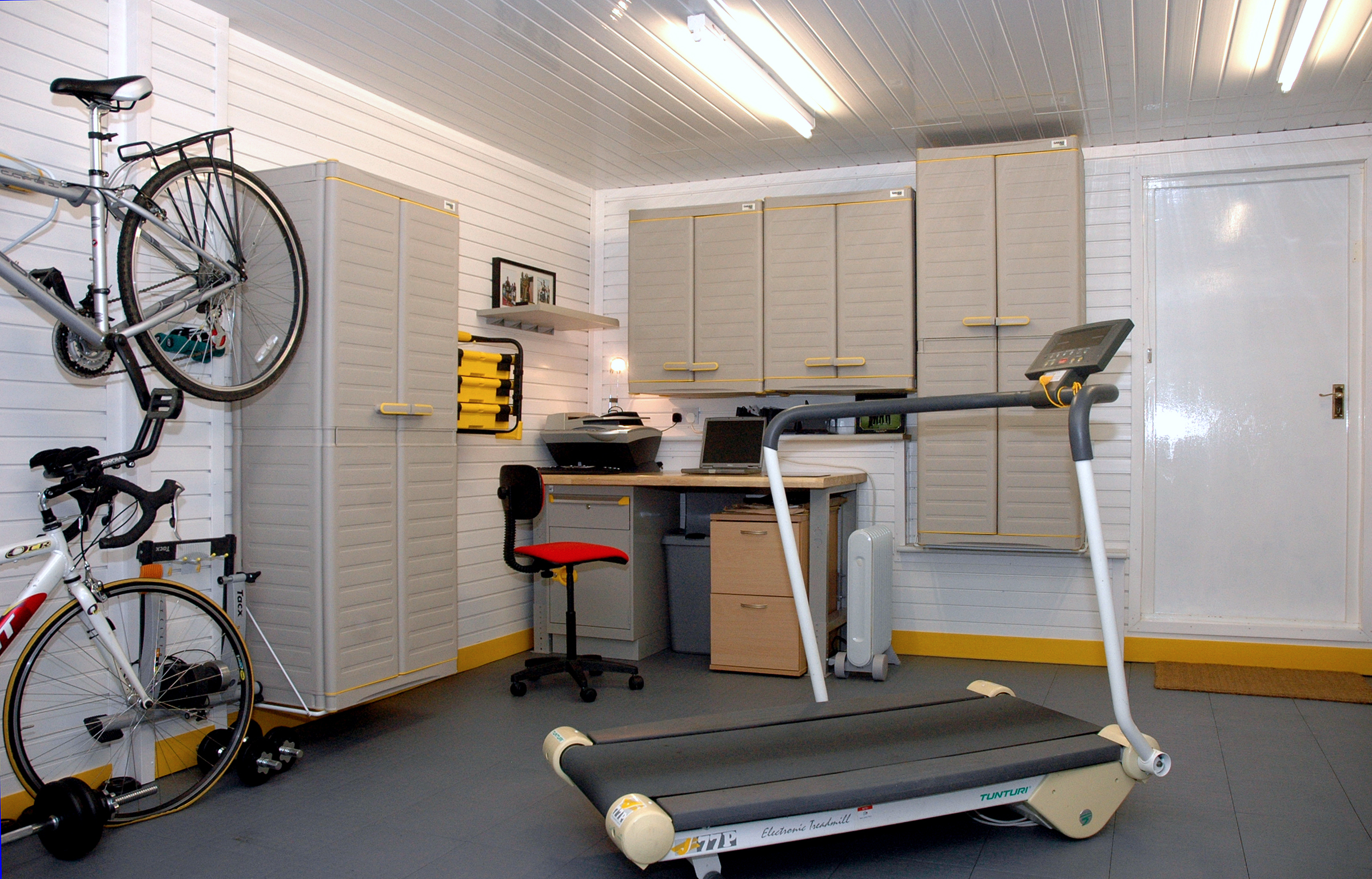 Home Office in your Garage